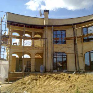 монтаж камня фасад